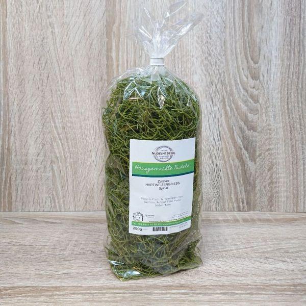 """""""grünes Ostergras"""" => Spinat-Nudel"""
