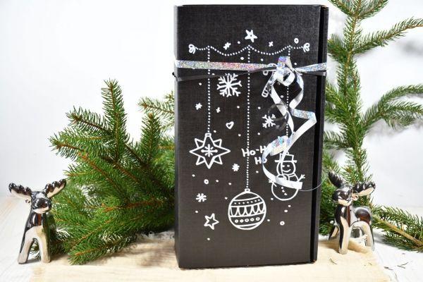 """Geschenkkarton """"schwarz mit Kreidemalerei"""" / Weihnachten"""