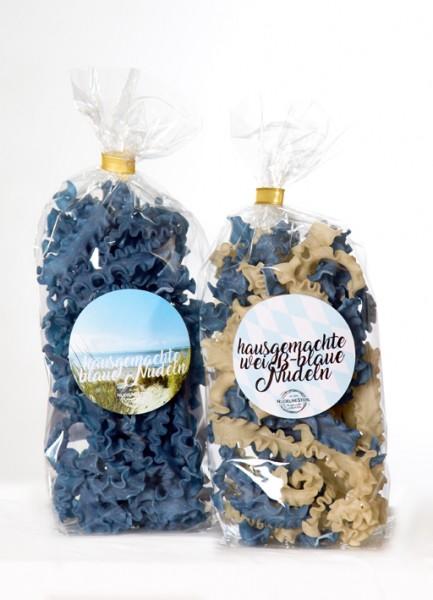 blau-u-weissblaue-Nudel